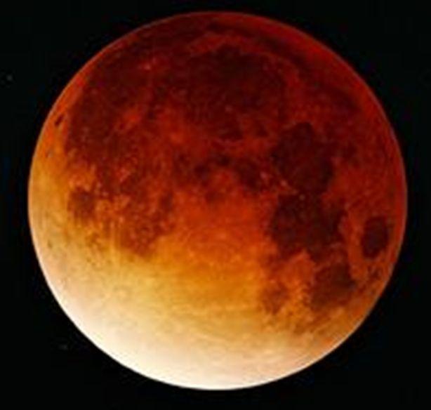 luna en eclipse 2003sep12