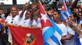jovenes-ujc-CUBA