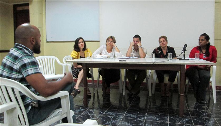 Panel Radio Juan Marinello