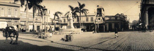 calle Monserrate, frente a la plazuela de Albear, p. XX