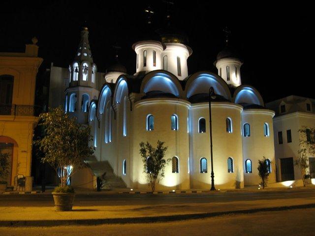 Iglesia Ortodoxa Rusa, de noche
