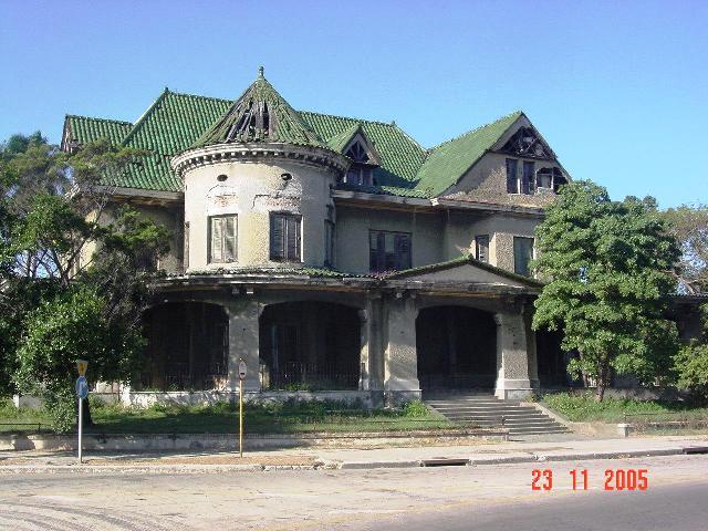 1-Casa de las Tejas Verdes, antes de la restauración, 2005