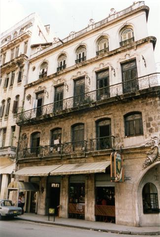 1-Obrapía 562, fachada déc. del '90 (Small)