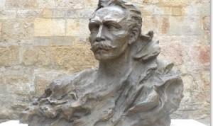 Busto de José Martí en Montpellier, bulevar Louis Blanc. obra del escultor cubano Alberto Lescay Merencio