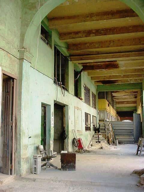 Sede de la compañía Lizt Alfonso, obras 2004