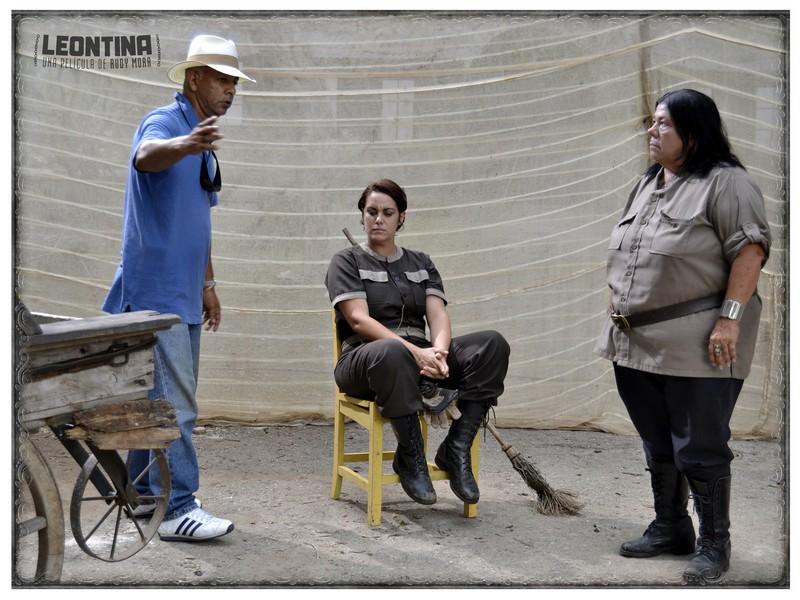 """Durante el rodaje de la película """"Leontina"""" de Rudy Mora"""