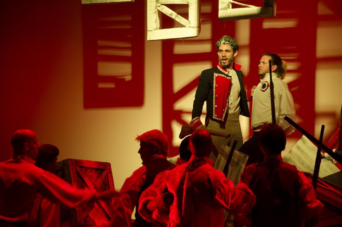 """Escena de """"Los Miserables"""", bajo la dirección de Alfonso Menéndez"""