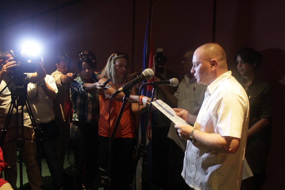 Onelio Castillo Corderí, Director de Información y Propaganda de la Radio en el país (Medium)