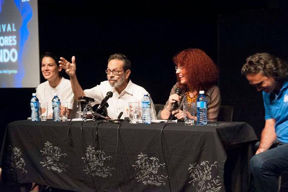"""Conferencia de prensa sobre el Festival de Contratenores celebrada en la sede de la compañía teatral """"El Ciervo Encantado"""" en el Vedado habanero. Foto: Iván Soca / Cubadebate"""