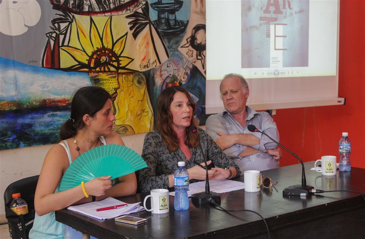 Momentos de la conferencia de Prensa