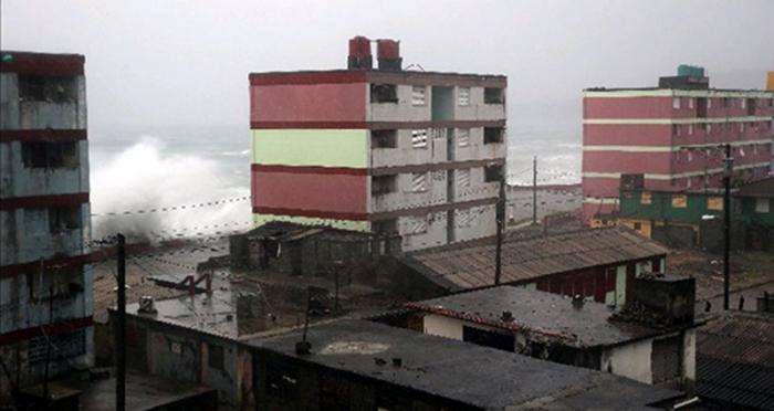 Baracoa recibió un fuerte embate del huracán Matthew. Foto: EFE