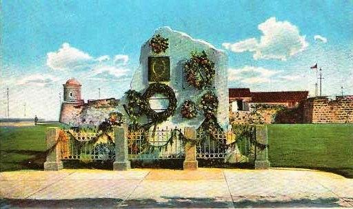 01Primer monumento, 1901