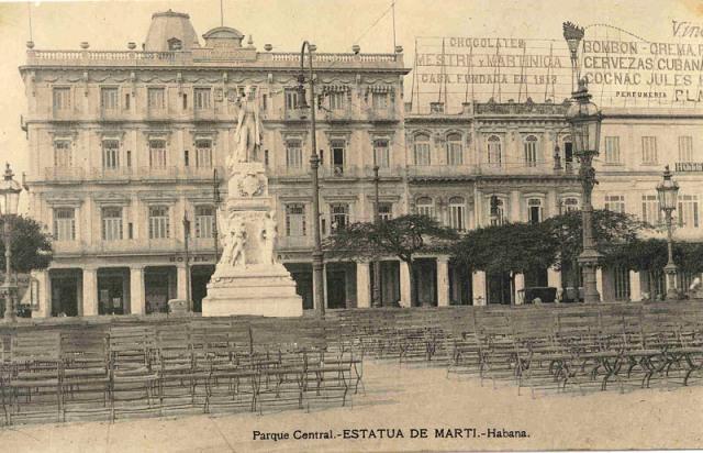 Estatua de Martí en el Parque Central