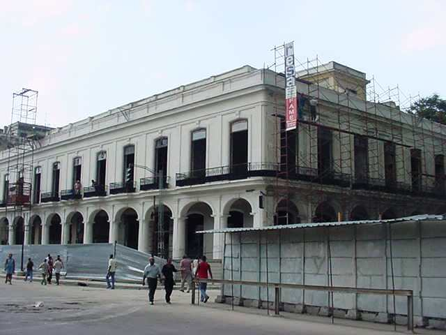 El edificio en obras
