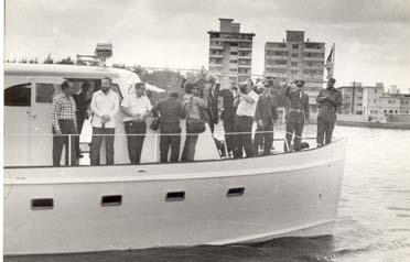 serie-fidel-raul-en-yate-granma-1974