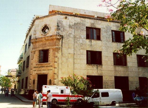 1-Hogar Materno, fachada