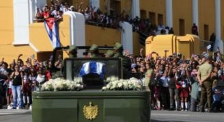 Fidel-en-Santiago-de-Cuba-1