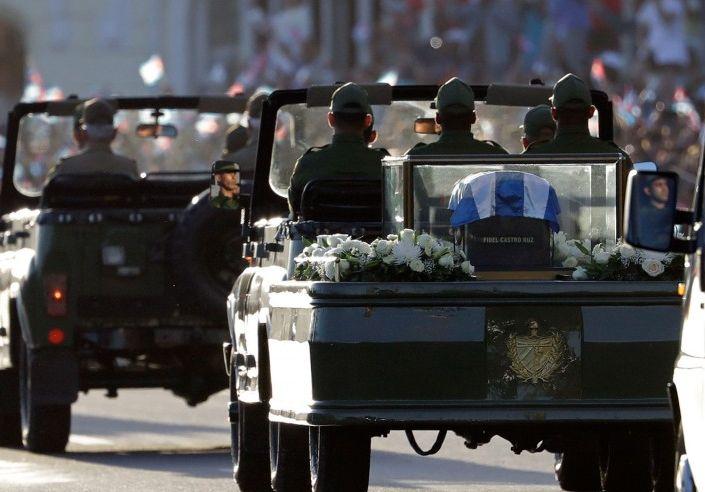 La Caravana con los restos mortales de Fidel llega a tierras espirituanas.