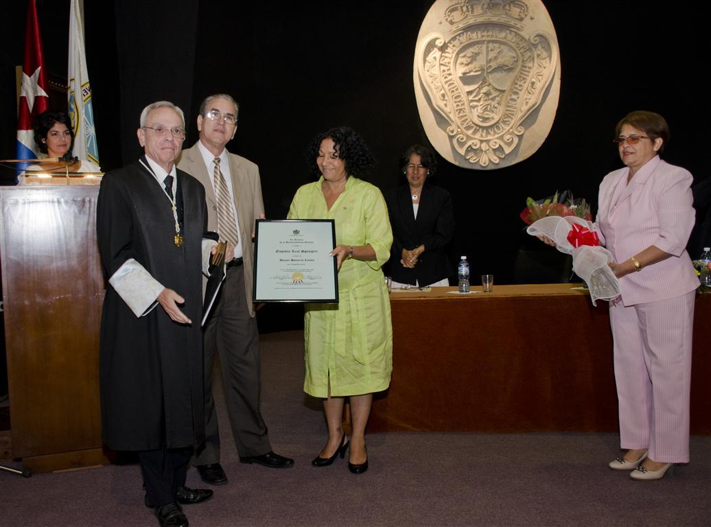 Doctor Honoris Causa en Arquitectura concedido por la Universidad de Oriente a Eusebio Leal Spengler