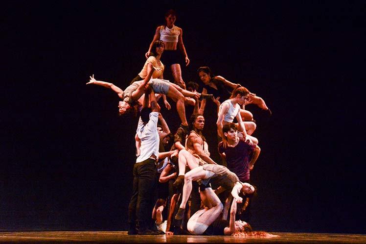 Acosta-Dance