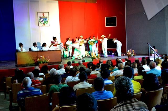 Trinidad-reconoce-a-sus-hijos-ilustres-fotos