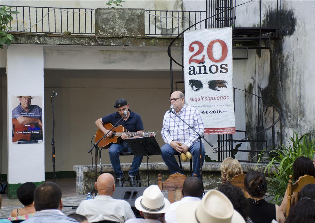 Víctor Víctor en Centro Pablo (4) (Medium)