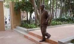 estatua 1 (Medium)