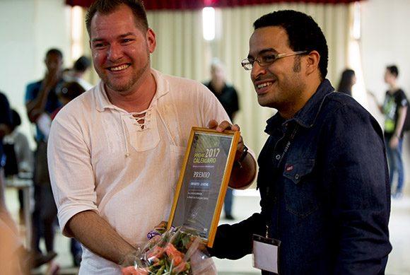 Maikel José Rodríguez fue el ganador en el acápite de literatura para niños y jóvenes. Foto: Ismael Francisco/ Cubadebate