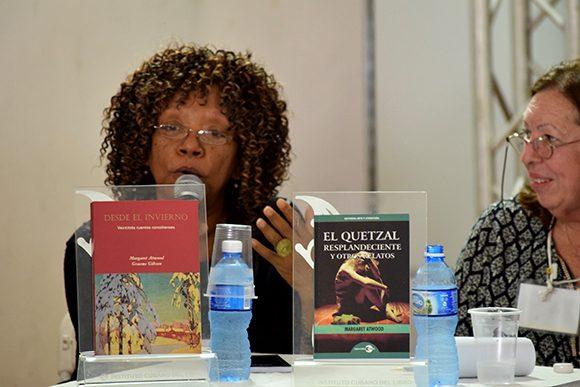 Nancy Morejón valoró la poesía de Atwood. Foto: Cinthya García Casañas/ Cubadebate