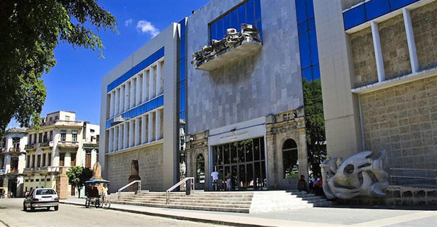2.2-Museo-de-bellas-Artes-Yadira-Montero-(2)-copia (Small)