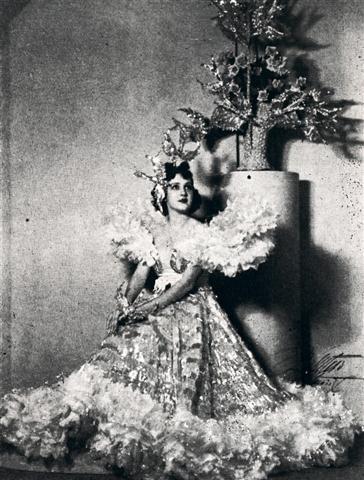 Margot Alvariño en ¨Romance...¨ (Small)