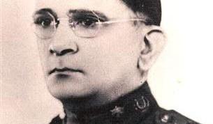 LuisCasasRomero (Small)