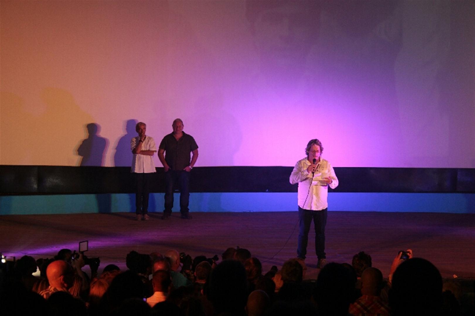 Sergio Benvenutto se dirigió al público en nombre de la familia Solás