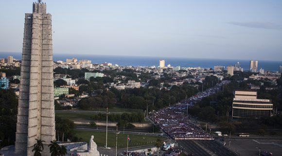 1ro-de-Mayo-plaza-de-la-revolucion-580x321