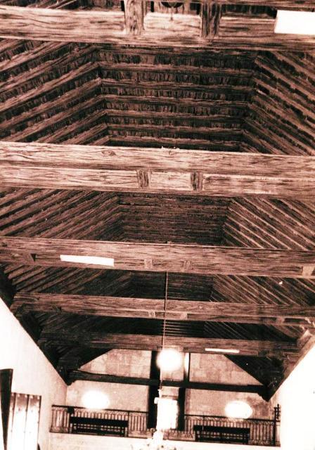 Iglesia del Espíritu Santo, techos de armaduras