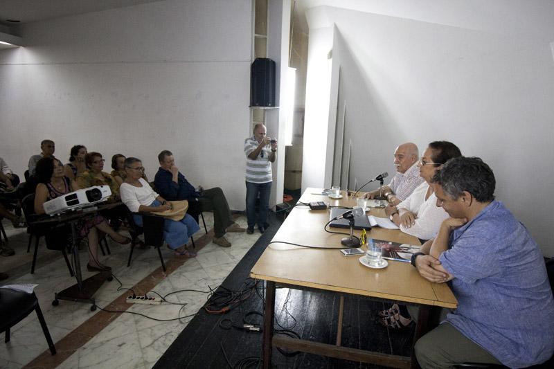 Presentación del libro Teatro Martí. Prodigiosa permanencia. Foto tomada de La Ventana