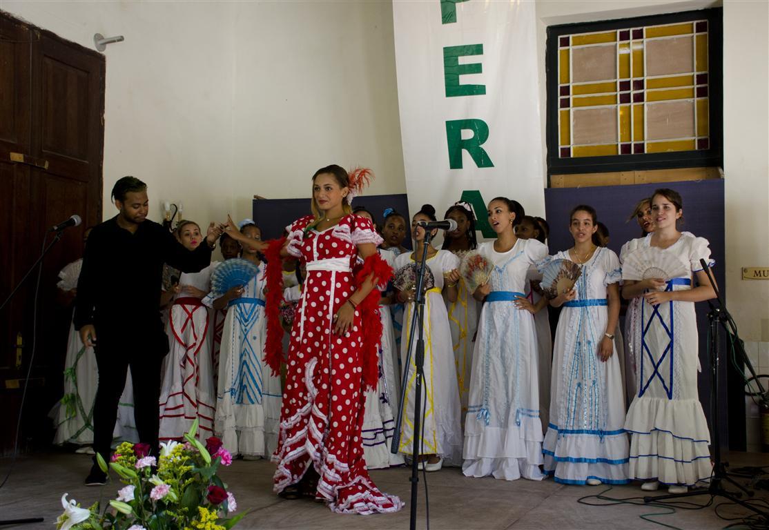 coro lirico juvenil (Medium)
