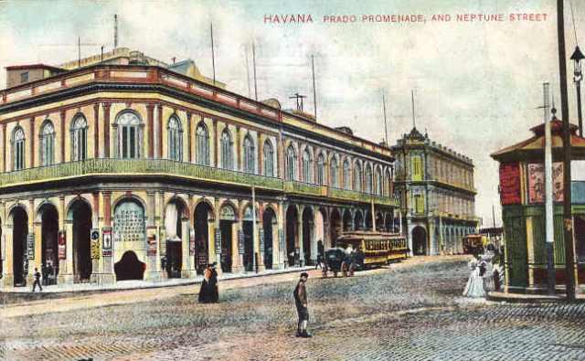 Postal de écpoa del edificio antiguo