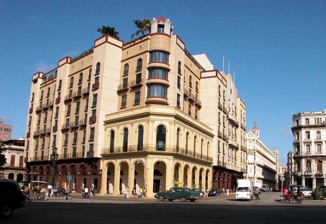6-Hotel Parque Central
