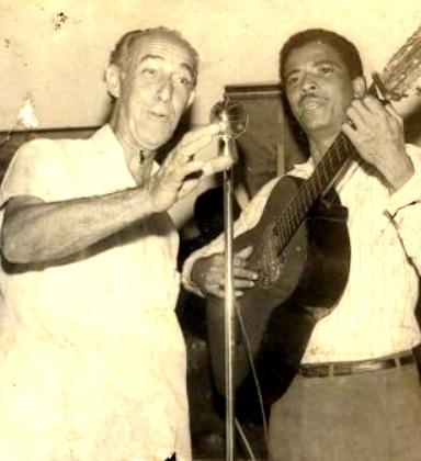 Al izquierda el compositor Juan Arrondo