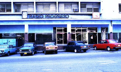 Cuba - Radio Progreso y RHC fachada edificio