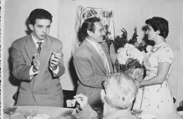Manuel Díaz Martínes, José Manuel Sanjurjo y la poetisa cubana Ana Núñez Machín en La Habana, 1956