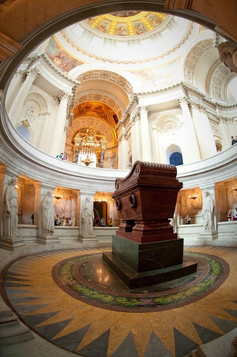 6. Tumba de Napoleón Bonaparte
