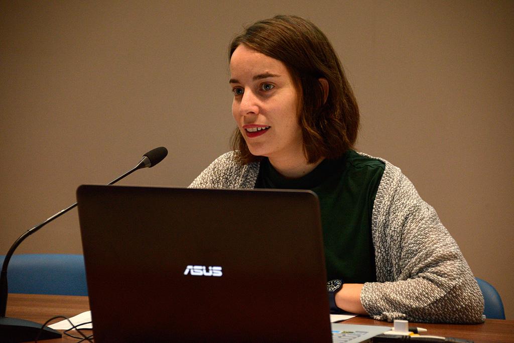 Olga Sevillano, responsable de Programas Virtuales del Museo Reina Sofía impartió la conferencia inaugural El Museo en red