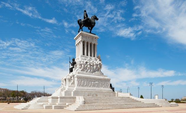 3-Monumento a Máximo Gómez (foto de la web)