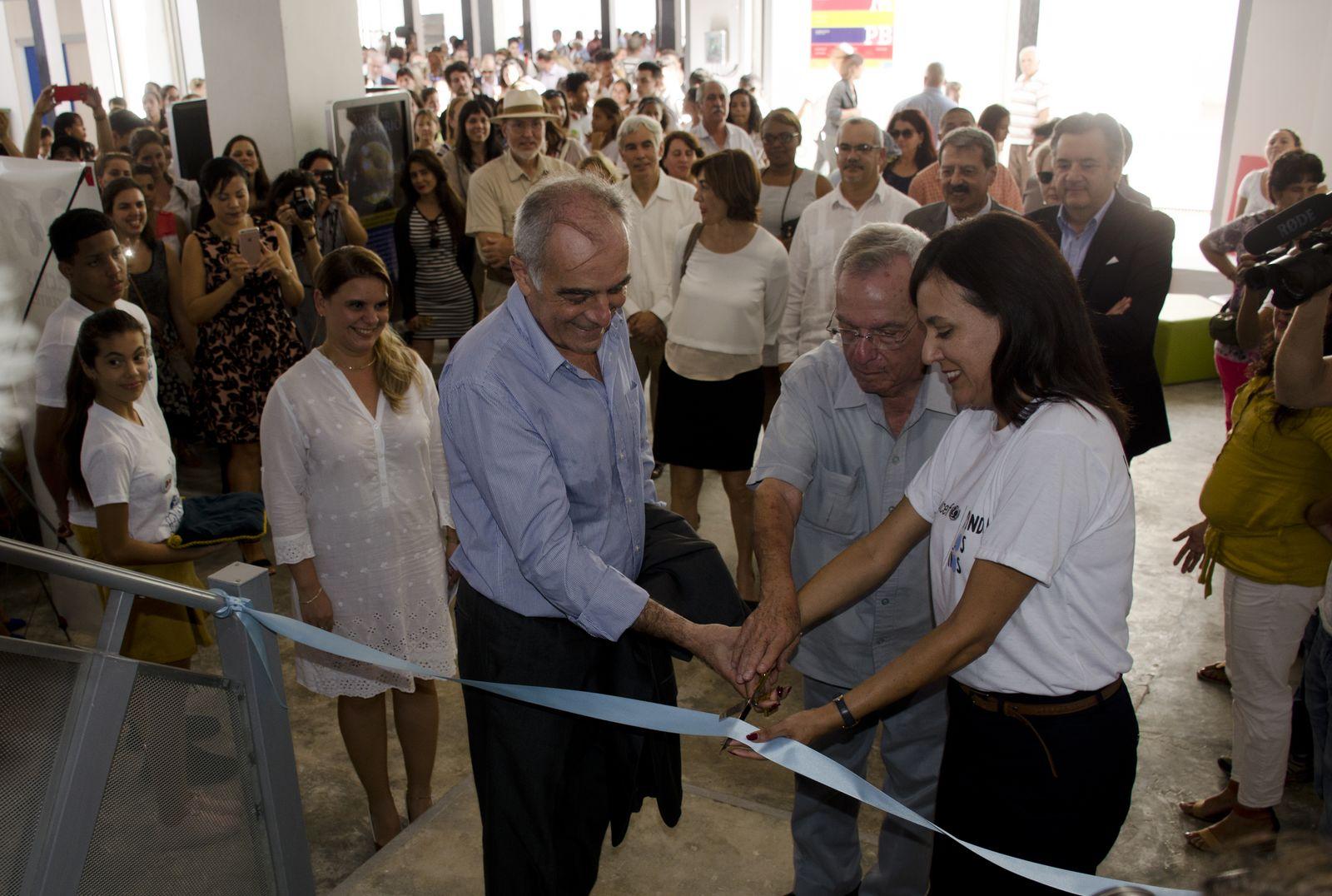 Inauguración del Centro de Referencia de los Adolescentes en La Habana Vieja