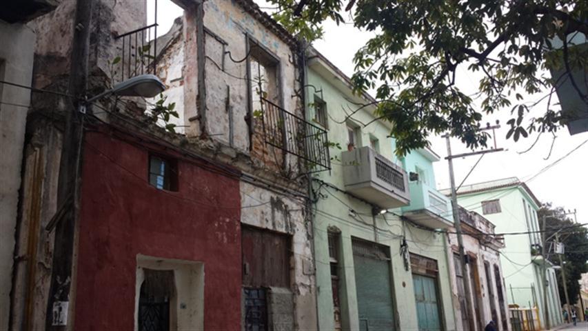 San Isidro entre Habana y Compostela