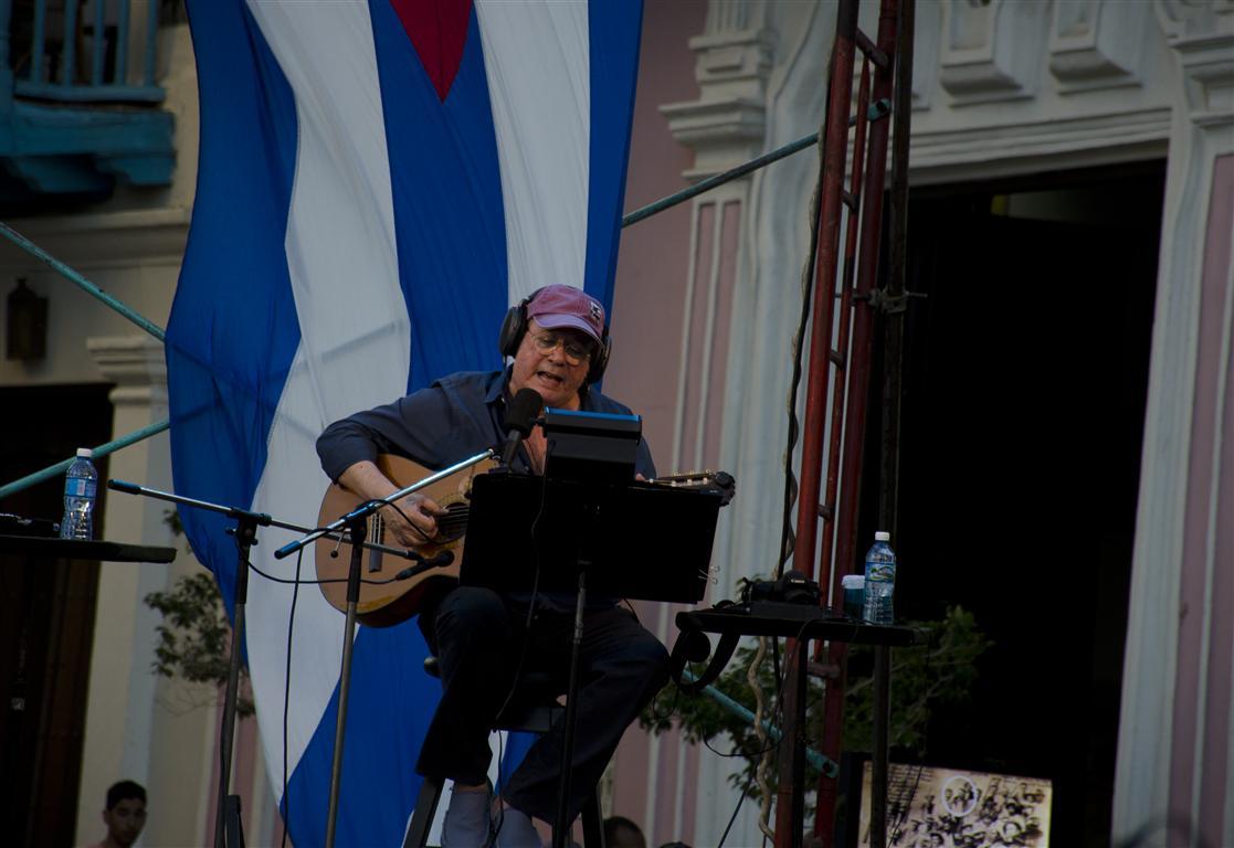 Concierto de Silvio Rodríguez en la Plaza de San Francisco de Asís