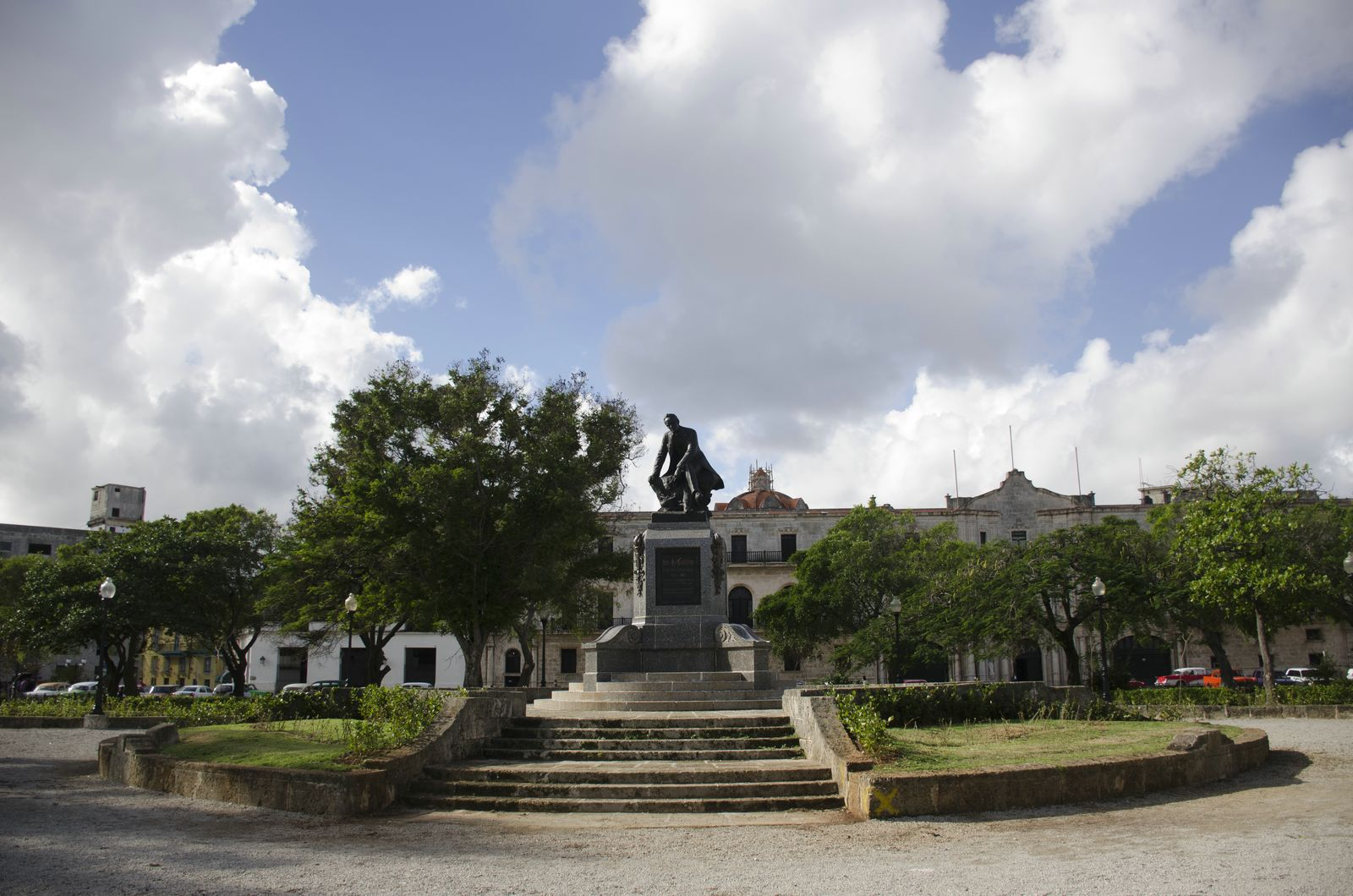 Monumento a José de la Luz y Caballero