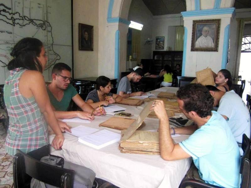 Celebran en Camagüey los 50 años del Archivo Histórico Provincial
